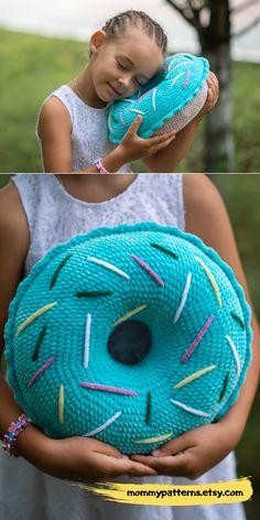 PATTERN Donut – pillow / Amigurumi pattern Please note that th – Amigurumi Bag Crochet, Crochet Pillow Pattern, Crochet Food, Crochet Gifts, Cute Crochet, Crochet For Kids, Crochet Teddy, Crochet Cushions, Blanket Crochet
