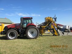 310 engine/265 PTO hp CaseIH Magnum 310 pulling DK628 trencher