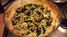 Torta salata di bietole e zucchine con trinchetti di no muh alle erbe