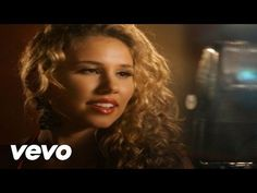 Haley Reinhart, Casey Abrams - Baby, It's Cold Outside - YouTube