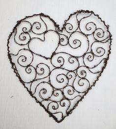 Burly Spirillian Barbed Wire Heart Of Spiral For Your Valentine Garden Trellis kreativ I Love Heart, My Heart, Lace Heart, Wire Trellis, Garden Trellis, Spiral Garden, Barbed Wire Art, Do It Yourself Inspiration, Wire Crafts
