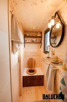 Compost Toilet - Utopia by Baluchon