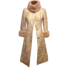 Preowned Dolce & Gabbana Gold Brocade Coat With Fur Collar (178.075 RUB) ❤ liked on Polyvore featuring outerwear, coats, multiple, fur collar coat, gold coat, brocade coat, slim fit coat and slim coat
