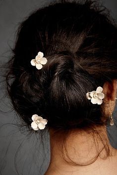 simple flower accents