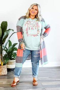 Plus Size Cardigans, Plus Size Tops, Fall Fashion Trends, Autumn Fashion, Fashion Bloggers, Curvy Fashion Summer, Petite Fashion, Style Fashion, Modern Tops