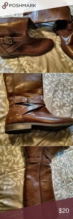 Brown riding boots Brown leather riding boots. Very comfy and stylish Shoes