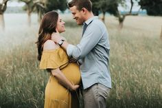 Inspiration for Pregnancy and Maternity: Late Summer Maternity Photos in Germany – Maternity Photography – Summer Maternity Photos, Outdoor Maternity Photos, Maternity Photography Outdoors, Family Maternity Photos, Fall Maternity, Maternity Poses, Maternity Portraits, Maternity Pictures, Pregnancy Photos