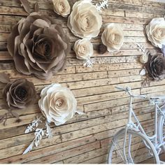 Pictures for rustic paper flower background - Paper Flower Backdrop Wedding Paper Flower Backdrop Wedding, Paper Backdrop, Rustic Backdrop, Wall Backdrops, Floral Backdrop, Paper Flower Wall, Flower Wall Decor, Rustic Flowers, Diy Flowers