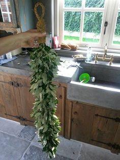 Huisjekijken Extra | guirlande maken van steeneik á la Hoffz