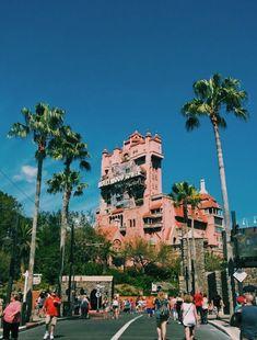 hollywood tower of terror Disney World Pictures, Cute Disney Pictures, Images Disney, Disneyland California, Disneyland Paris, Sea World, Epcot, Magic Kingdom, Orlando