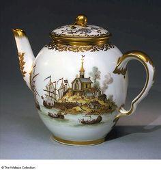 Starožitná konvice na čaj * bílý porcelán s malovaným obrázkem kostelíka u moře, r.1779. ♥