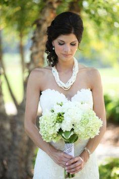 PreOwnedWeddingDresses.com Real Weddings | Photo: Kristen Anne Photography