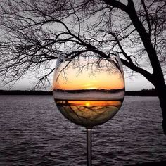 *The beauty of a sunset in a glass of wine. Beso de Vino - Expolore the best and the special ideas about Wine time Wine Photography, Creative Photography, Splash Photography, Reflection Photography, Travel Photography, Pretty Pictures, Cool Photos, Wine Art, Wine Time