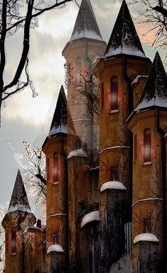 Castles kind of remind me of Hogwarts. I'm missing Harry Potter already:
