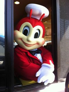 Here are ten interesting facts and trivia you probably didn't know about Jollibee. My Ex Gf, Filipino Memes, Miss Philippines, 10 Interesting Facts, Healthy Junk, Jollibee, Facts You Didnt Know, Tom Cruise, Reaction Pictures