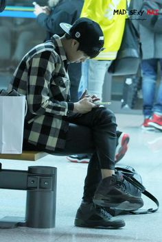 dailyexo:  Kai-131223Beijing Airport, departing for Incheon Credit:MadSexyKai.(베이징공항 출국)  Aaaaaaaaasukakamukaisooo~ ♥♥♥♥♥