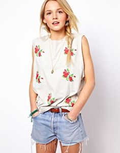 Find the best selection of ASOS Tank with Embroidered Flowers. Shop today with free delivery and returns (Ts&Cs apply) with ASOS! Spring Summer Fashion, Spring Outfits, Rose T Shirt, Asos, Warm Weather Outfits, Latest Outfits, Walk In, Everyday Fashion, Dress To Impress