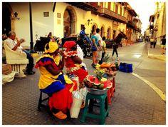 Cartagena - Colombia vendedoras de frutas exoticas