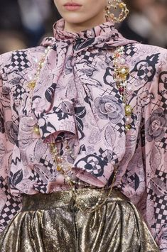 Chanel Fall-Winter 2018-2019 Details 2
