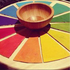 Desde que lo vi en el blog De Mi Casa Al Mundo había quedado absolutamente enamorada del Calendario Waldorf-Montessori. Com...