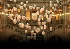 Love the Floating Heads at Kelvingrove Art Gallery, Glasgow! Can relate to so many of the experessions Simply Beautiful, Beautiful World, Beautiful Places, Oh The Places You'll Go, Places To Travel, Moving To Scotland, Tourist Info, Museum Art Gallery, Glasgow Scotland
