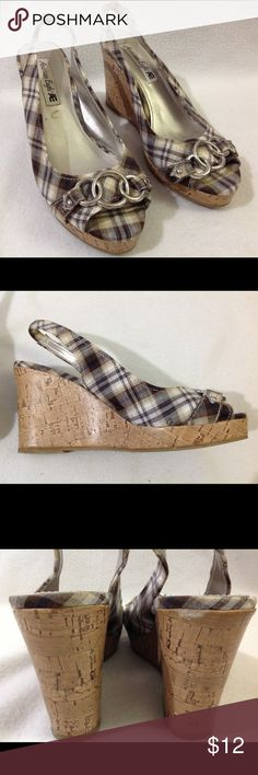 American Eagle wedges Great condition. Slingback. american Eagle Shoes Wedges