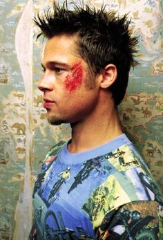 Brad Pitt as Tyler Durden in Fight Club Fight Club Brad Pitt, Fight Club 1999, Fight Club Rules, Tyler Durden, Brad Pitt Workout, Fight Club Workout, Bradd Pitt, Brad Pitt Photos, This Is Your Life