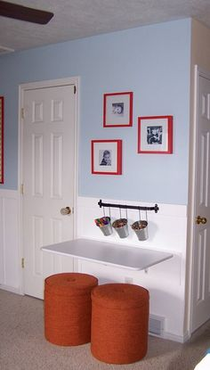 wall mounted folding table as a desk or extra seating room for holiday and family dinners! love it