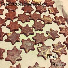 Αλμυρά κουλουράκια - Food States Gingerbread Cookies, Desserts, Blog, Gingerbread Cupcakes, Tailgate Desserts, Deserts, Postres, Blogging, Dessert