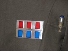 http://kay-dee.net/costumes/imperial_officer/kaydee/badge.jpg