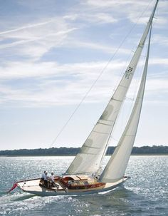Boat Plans - Beautiful Day to Sail. - Master Boat Builder with 31 Years of Experience Finally Releases Archive Of 518 Illustrated, Step-By-Step Boat Plans Classic Sailing, Classic Yachts, Spirit Yachts, Yacht Boat, Yacht Design, Sail Away, Set Sail, Boat Plans, Wooden Boats
