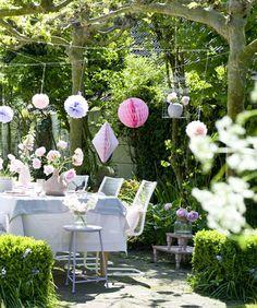 Home and Garden (NL) tuinfeest aankleden in pastel, gedekte tuinafel | #Karwei