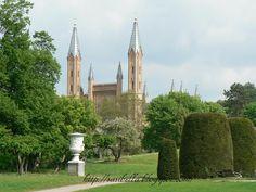 Schlossgarten mit Schlosskirche