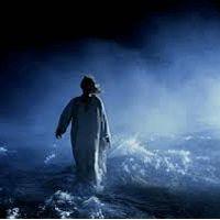 Catholic.net - Jesús caminando por el mar