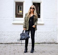 On the go (by Yara M. .) http://lookbook.nu/look/2425355-On-the-go