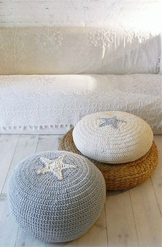 Pouf Crochet Star ecru and gray by lacasadecoto on Etsy, Crochet Pouf, Knitted Pouf, Crochet Stars, Crochet Cushions, Diy Crochet, Ideias Diy, Crochet Home Decor, Floor Cushions, Nursery Decor
