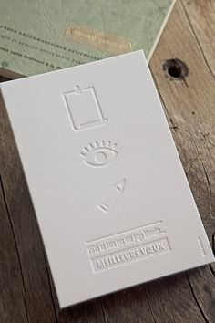 Carte de voeux débossage à sec / Création Elise Milonet // blind deboss happy new year card