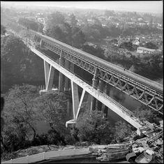 Railway Bridge construction c. Bridge Construction, Aerial View, Bridges, Hamilton, Old Things, Train, History, Zug, Historia