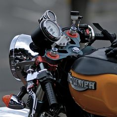 karamelocycles: Triumph Thruxton
