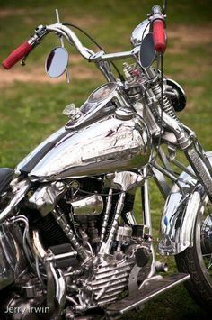 Gunner's Harley Softail Classic. Rough Justice (Sinner's Tribe Motorcycle Club #1)