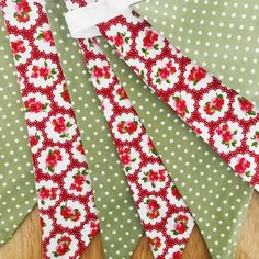 Items similar to Red floral and green polka dot double sided bunting on Etsy Bunting, Floral Tie, Red And White, Polka Dots, Green, Handmade, Etsy, Garlands, Hand Made