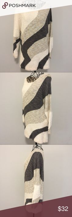 🆕List! NIC+ZOE Sweater Beautiful and soft multi fabric color block sweater in cream/tan/gray by NIC+ZOE. Nylon/Cotton/Rayon/Viscose blend. Great condition. NIC + ZOE Sweaters Crew & Scoop Necks