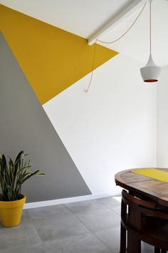 Want to change your wall colors but don't have any inspiration? check our 36 awesome wall painting ideas for your inspiration. wall painting ideas, diy wall painting, wall painting colors, living room and bedroom painting ideas. Geometric Wall Paint, Geometric Painting, Geometric Decor, Modern Wall Paint, White Wall Paint, Geometric Patterns, Geometric Shapes, Room Interior, Interior Design