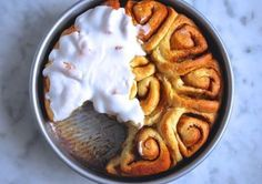 Pin for Later: 11 Must-Try Recipes Sourced From the Back of a Box, Bag, or Can Whiskey Salted Caramel Cinnamon Rolls The brand: Domino Sugar Get the recipe: whiskey salted caramel cinnamon rolls Just Desserts, Dessert Recipes, Breakfast Recipes, Breakfast Dishes, Dessert Bars, Brunch Recipes, Dessert Ideas, Great Recipes, Favorite Recipes