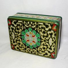Vintage Colorful Design Tin Box. Big Size European Candy, Biscuits, Confectionery Container. Vintage Tin Box. Delight Bubble Gum Box by BITbazaar on Etsy https://www.etsy.com/listing/260597966/vintage-colorful-design-tin-box-big-size