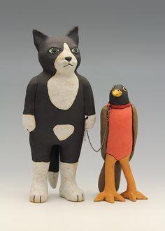 ceramic figure cat bird by Sara Swink Clay Art Projects, Ceramics Projects, Pottery Sculpture, Sculpture Clay, Ceramic Sculptures, Ceramic Figures, Ceramic Art, Art Corner, Ceramic Animals