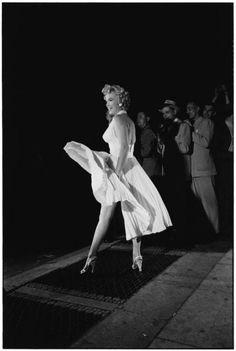 MARILYN MONROE, NEW YORK, 1954, ELLIOTT ERWITT