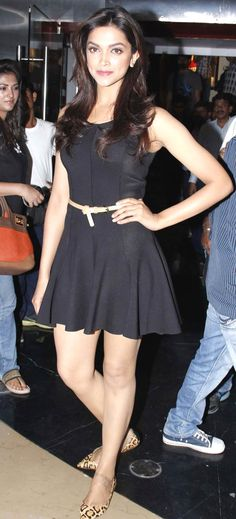 Deepika Padukone at the theatrical trailer launch of 'Yeh Jawaani Hai Deewani' #Bollywood #Fashion
