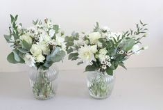 Bouquets champêtres, fleurs blanches et eucalyptus www. Jar Centerpiece Wedding, Eucalyptus Centerpiece, Floral Centerpieces, Flower Arrangements, Wedding Decorations, Summer Centerpieces, Lantern Centerpieces, Bridal Shower Flowers, Flower Bouquet Wedding