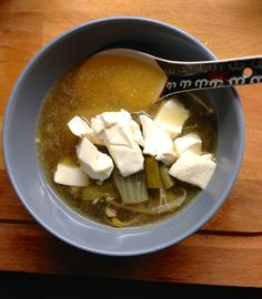 Asian Style Ginger Tofu Soup. Great for lunch! http://carrotforyou.wordpress.com/soupmix/